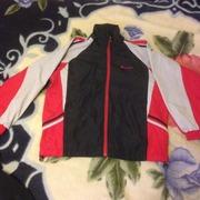 Продам спортивный костюм подростковый